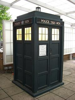 TARDIS1[1]