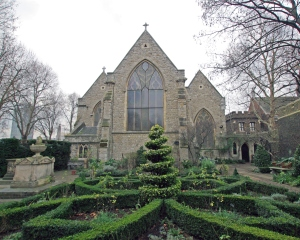 London_garden_museum_-20_garden_and_church
